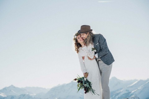 Winter-Elopement-Inspiration in den Bergen