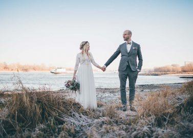 Kim & Teja: Verspielte Winterhochzeit im Boho-Stil