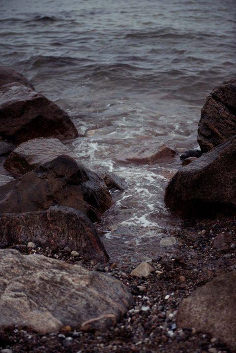 Zartes Meeresrauschen & blaue Küstenliebe