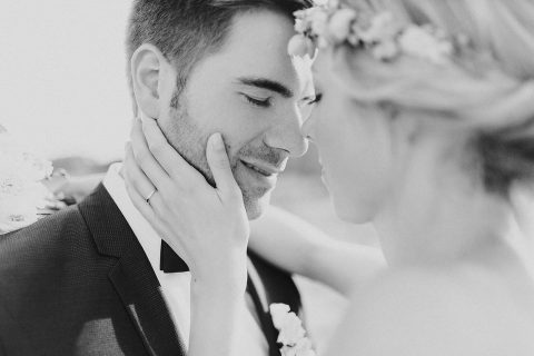 Kira & Marco: Spätsommerhochzeit und Bohemian-Liebe