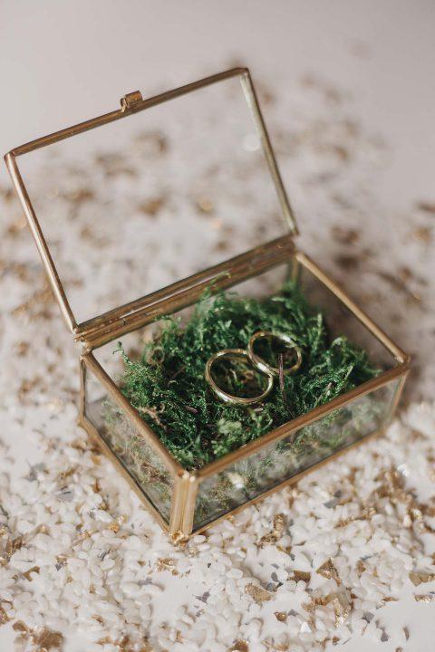 Anna & Maxim: minimalistische Ecodesign-Hochzeit