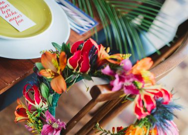 Aloha! Bunter Hochzeits-Spaß in Belgien