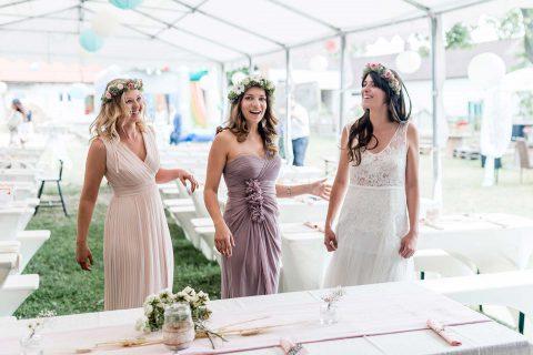 Julia & Thomas: DIY-Boho-Hochzeit auf dem Pferdehof