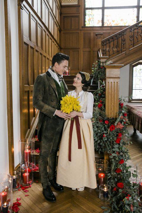 Winterliche Trachten-Romantik im Jagdschloss
