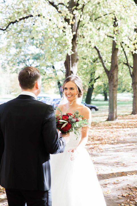 Derya & Dawid: Vintage-Hochzeit in Herbstfarben