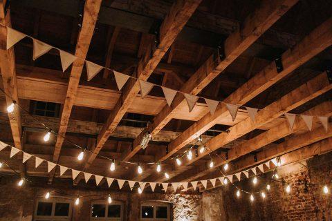 Kathrin & Christian: Greenery Hochzeit in Gedanken an Sardinien