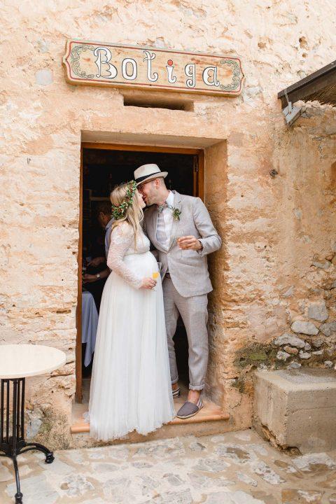 Kim & Teja: DIY-Hochzeit zu Dritt auf Mallorca