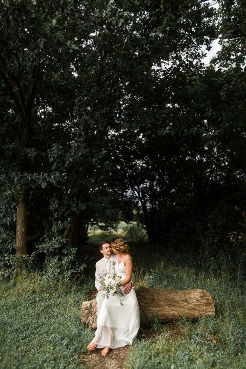 Rebecca & Andreas: Boho-Hochzeit unter freiem Himmel