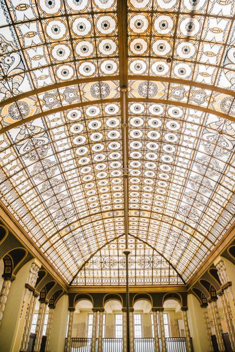 Glamouröse Hochzeitsinspiration im Grand Budapesthotel