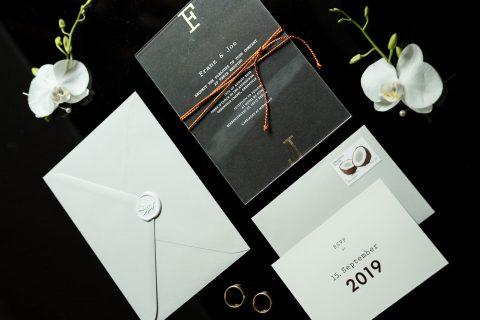 Hochzeitspapeterie Acrylglas schwarz gold