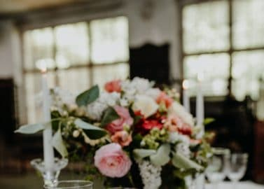 Hochzeitsinspiration in historischer Tuchfabrik