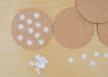 Türchen 8 – DIY-Korkuntersetzer für den stimmungsvollen Tisch