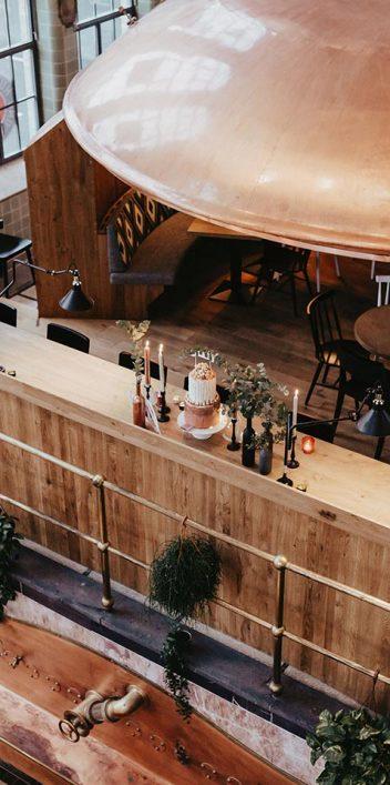 Trend-Hochzeit: Blush & Greenery trifft Industrie-Stil