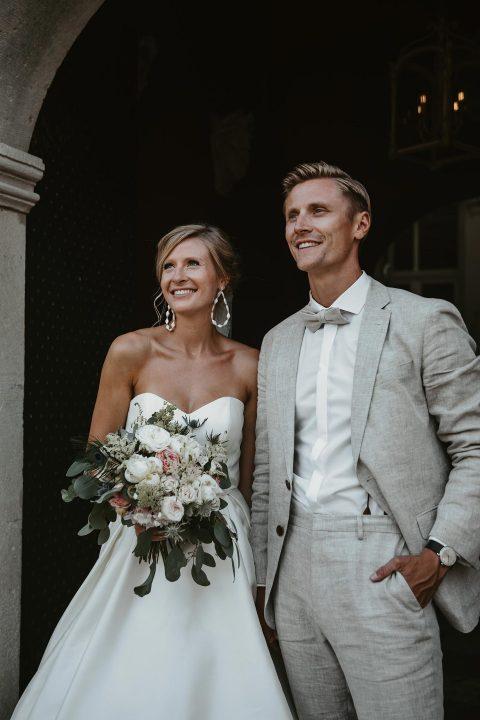 Schlosshotel Gartrop: Outdoor-Hochzeit unter Lichterketten