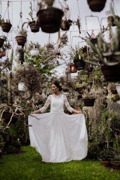 Amoureux de la nature: Brautkleider 2019 von Claudia Heller