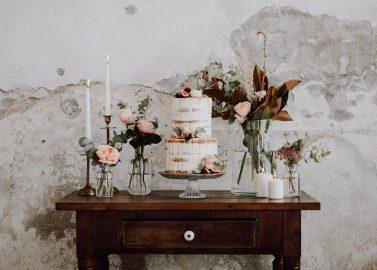 Schloss Diersfordt: Herbstliche Hochzeitsromantik in Apricot