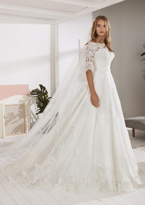 white one: das ideale brautkleid für den sommer