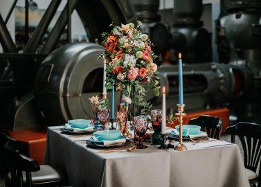 Authentische Hochzeitskontraste in der Alten Pumpe Berlin