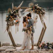 Orientalische Hochzeitsinspiration: Barfuss am Strand