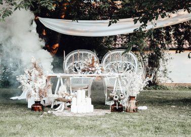 Bohemian Elegance in vollendeter Hochzeitsthematik