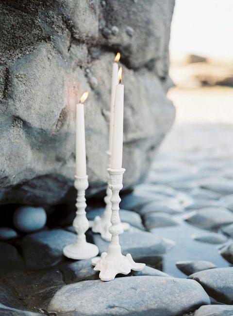 Natürliche Hochzeitsromantik an der Küste