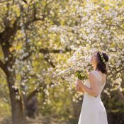 Blütenmeer-Brautmode 2021 von Claudia Heller