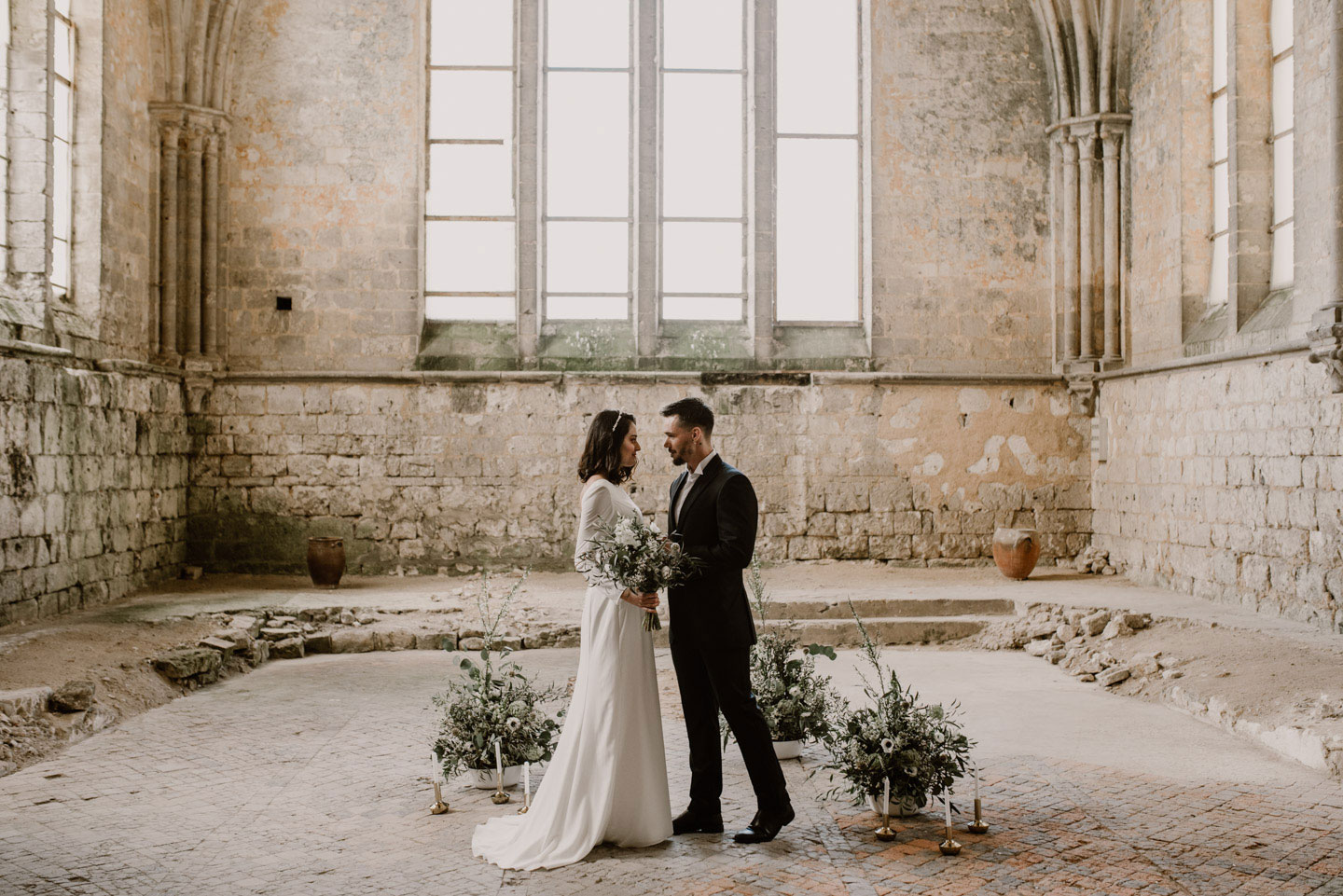 Minimalistisch elegant - Heiraten in der Normandie