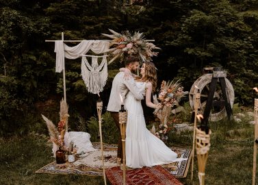 Nomadenzelt Hochzeitsinspiration im Schwarzwald