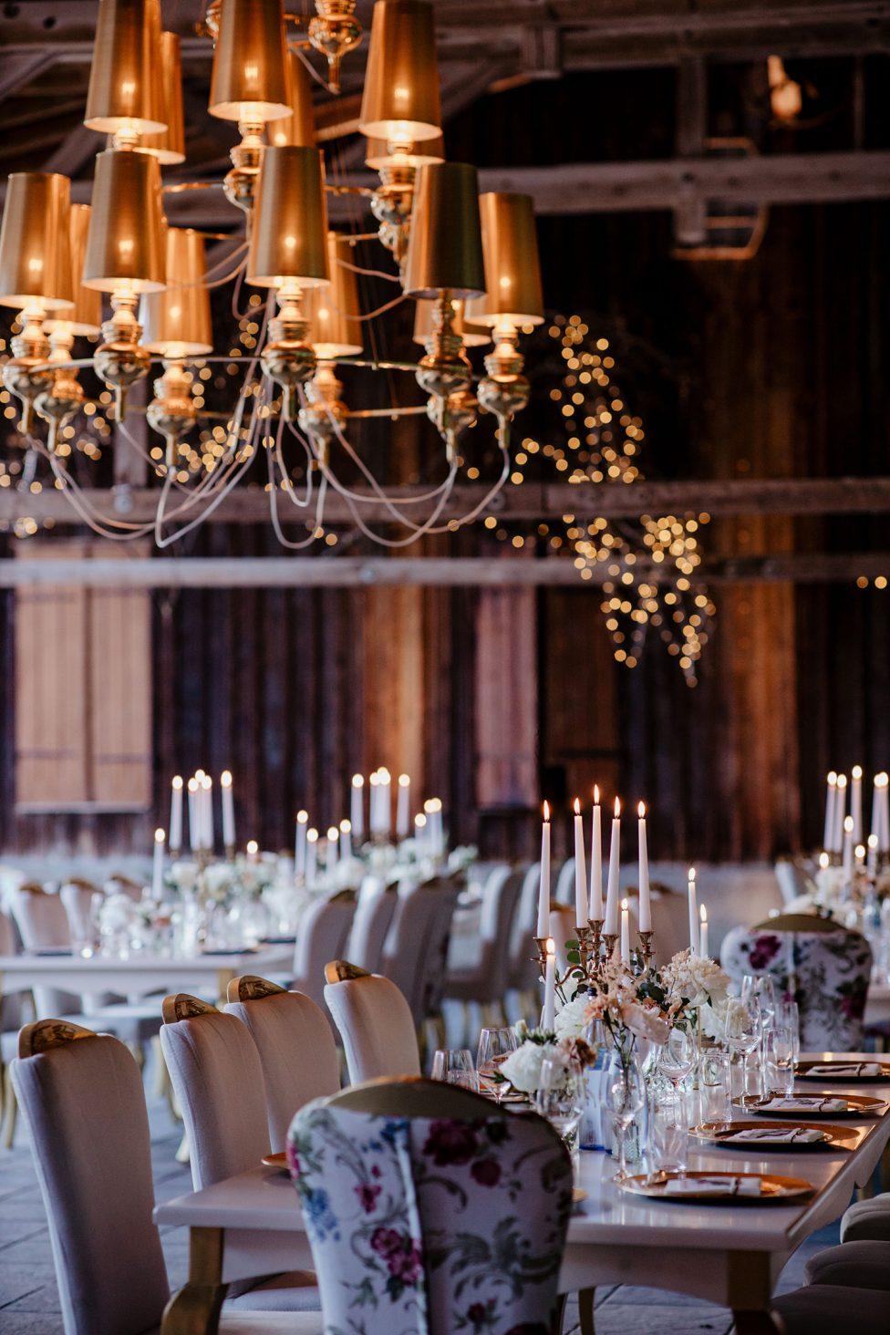 Harmonische Vintage-Hochzeit im Magical Homes