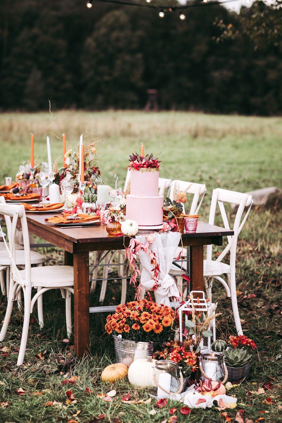 Herbsthochzeiten in voller Farbpracht genießen