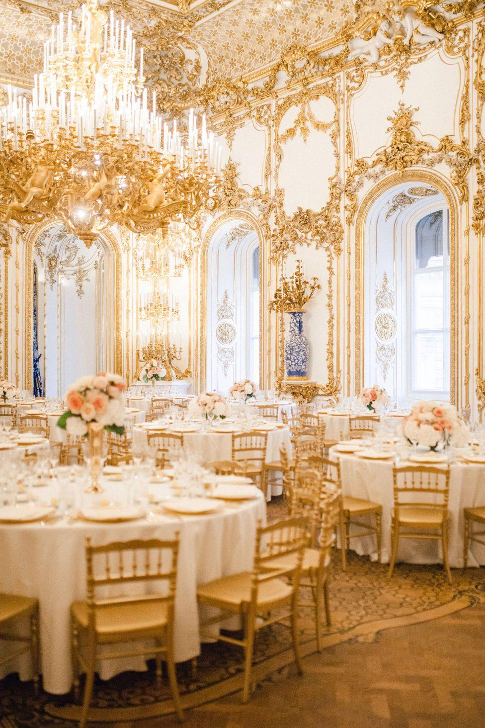 Palace Liechtenstein Traumhochzeit in Wien