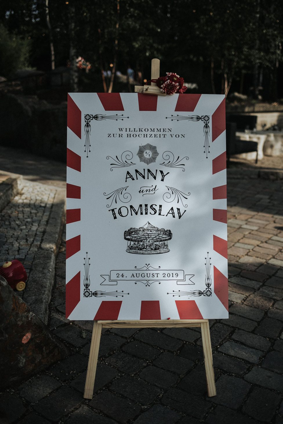 Vintage-Kirmes-Hochzeit im Brew Dog Berlin