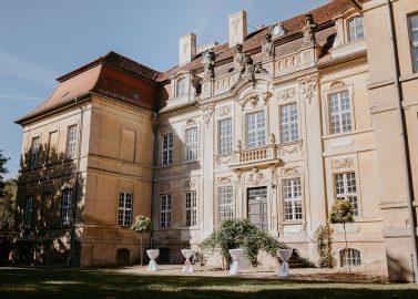 Kulturschloss Roskow: Herbsthochzeit mit Boho Vibes