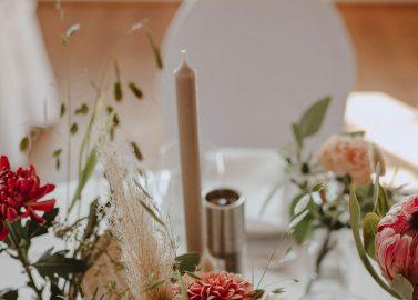 Schloss Dürrenmungenau: Entspannte Herbsthochzeit zum Verlieben