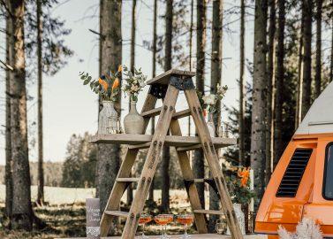 Hochzeitsinspiration: Camping in the woods