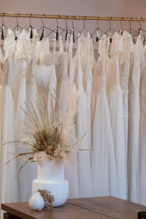 Moderne und exklusive Brautkleider