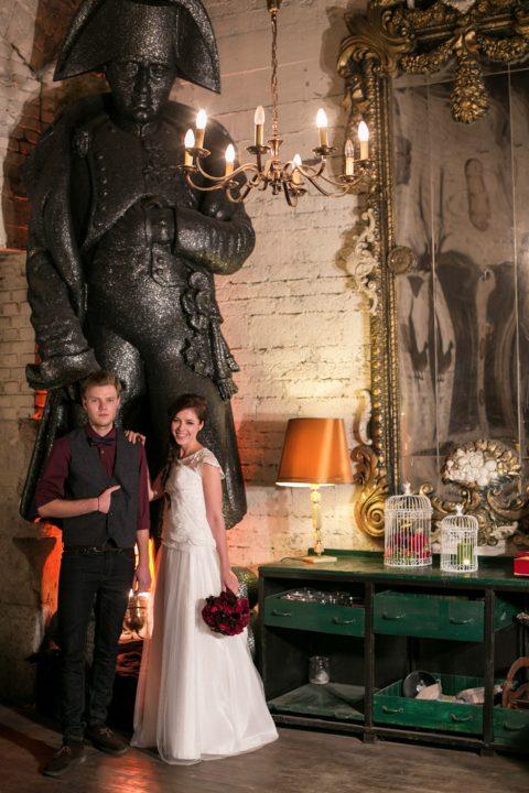 Elegante Boho-Hochzeitsinspiration im alten Bahnhof Gare du Neuss